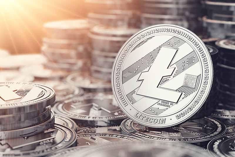 plusieurs pièces symbolisant la crypto-monnaie litecoin